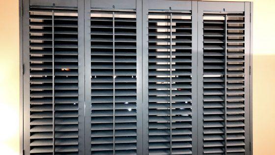 okiennice wewnętrzne - shutters w kolorze wenge