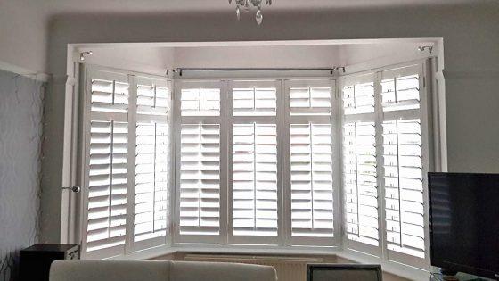 okiennice wewnętrzne, realizacja z wykorzystaniem shuttersów