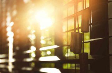 Okiennice wewnętrzne doskonale chronią pomieszczenia przed słońcem